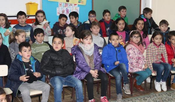 """O Centro Municipal de Valências promoveu Workshop sobre """"O ciclo da água e os seus estados físicos"""" para alunos do Agrupamento de Escolas"""