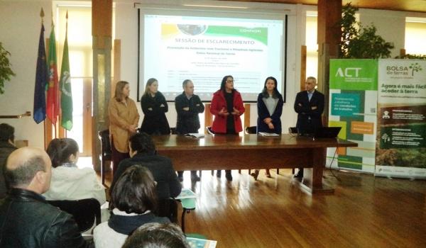 Salão Nobre acolheu sessão de esclarecimento organizada pelo Gabinete de Apoio ao Agricultor