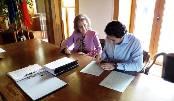 """Assinatura do Contrato de """"Beneficiação do caminho florestal entre Leonte e a Portela do Homem"""""""