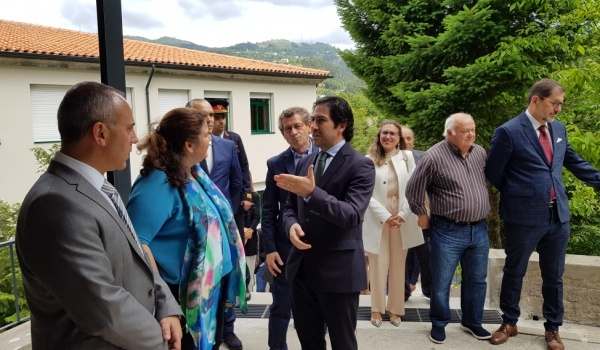 Secretária de Estado Adjunta e da Educação, Dr.ª Alexandra Leitão inaugurou as  renovadas Escola Básica do Gerês e de Rio Caldo