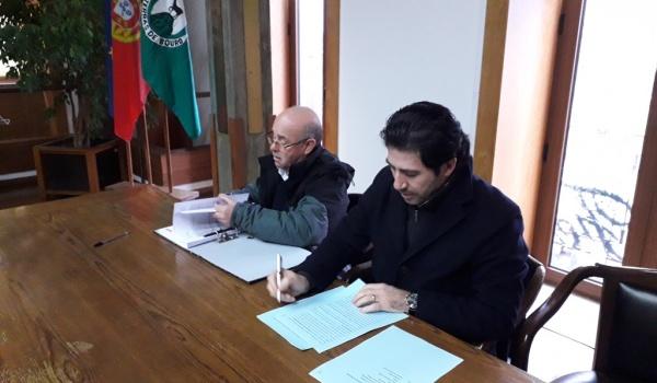 Assinatura do Contrato de Construção de Centro de Recolha Oficial Municipal