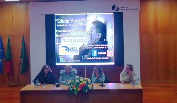 """Palestra """"Educar para o Direito"""" decorreu a 15 de janeiro na Vila do Gerês"""
